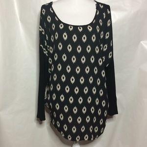 Tops - Plus size Design blouse